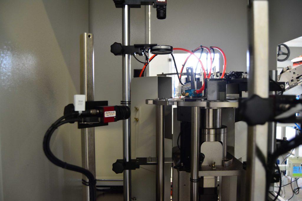 Automatické optické třídící zařízení